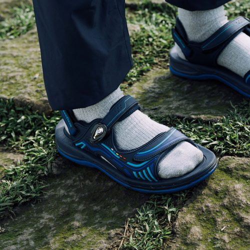 goodyear-sandals-mountain-river-09
