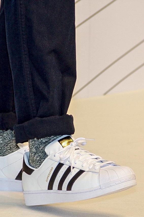 kmlun 風格起點/ 余文樂adidas Originals Superstar 黑白色系單品著用示範