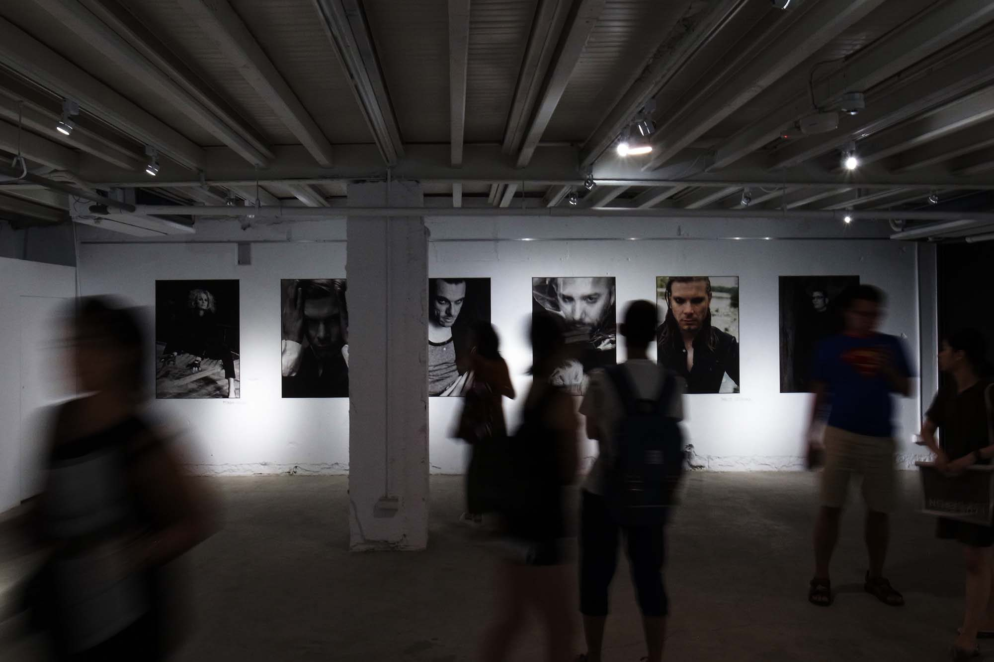 an-exhibition-of-electronic-music-and-photography-from-berlin-12