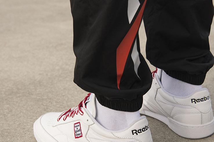 Reebok CLASSIC x Have a good time (3)