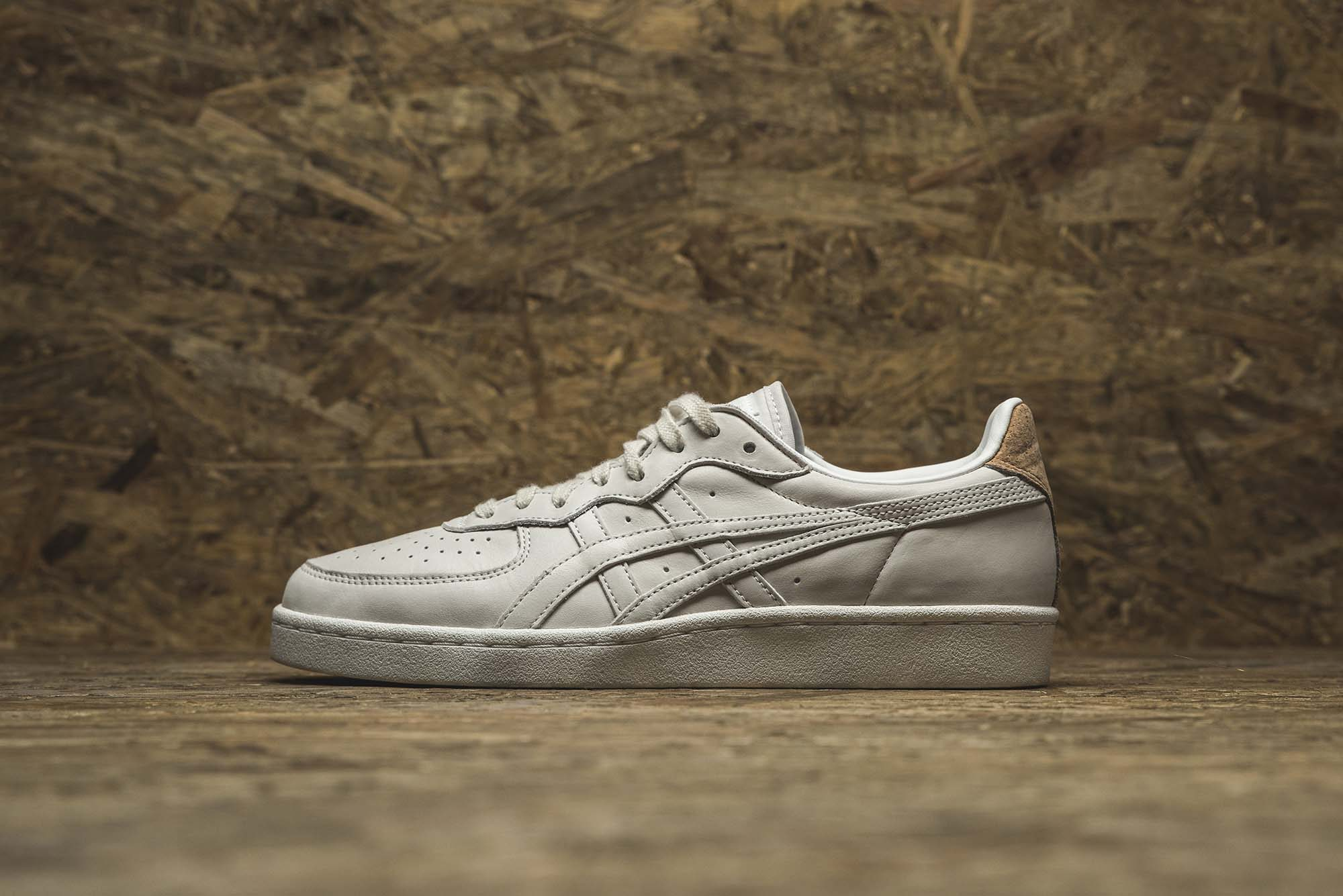 onitsuka-tiger-release-new-tiger-mhs-and-saga-series-02