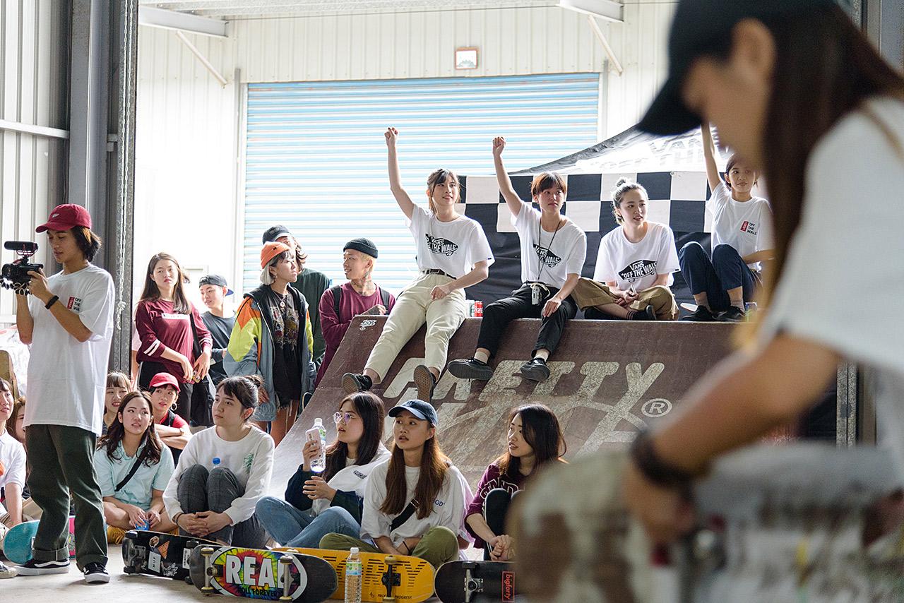 vans-girl-skate-07