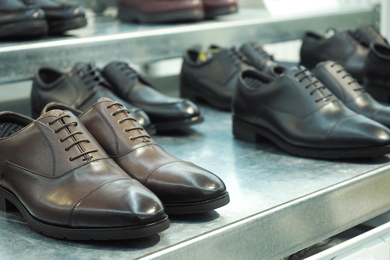 plain-me-leather-shoes-03