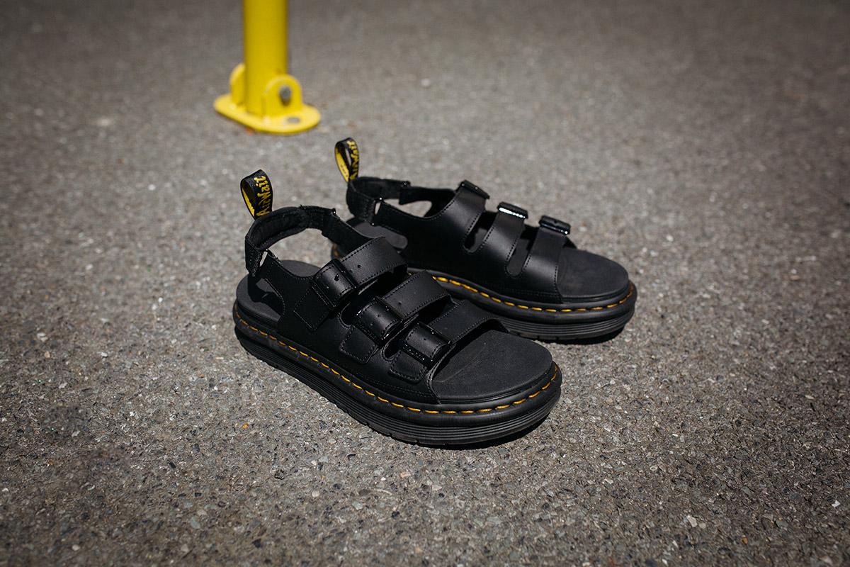 dr-martens-sandals-05