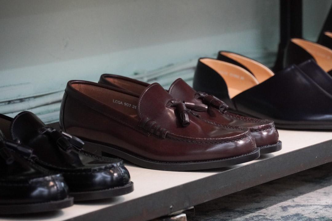 plain-me 20fw leather shoes-3