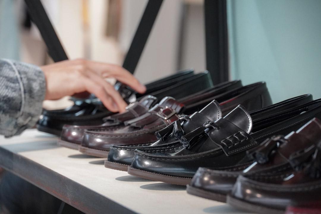 plain-me 20fw leather shoes