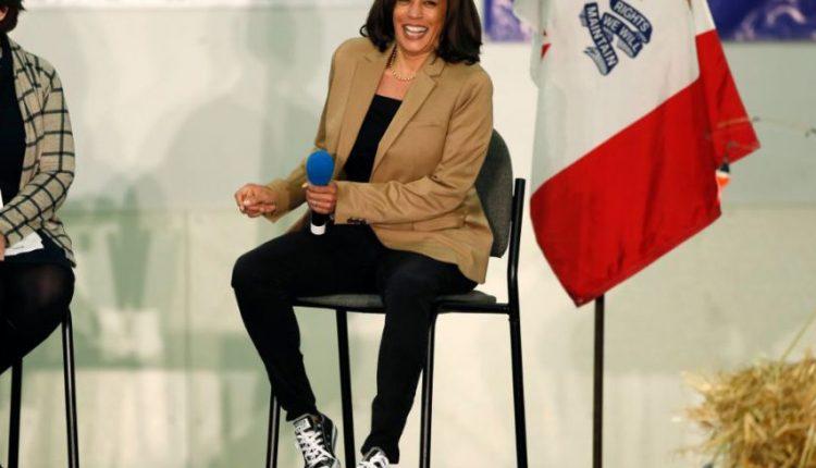 Kamala-Harris-Converse-Sneakers-Campaign-Trail-1